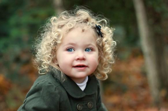 Tips Perawatan Rambut Keriting Pada Bayi