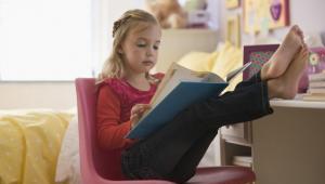 7 Tips Terbaik Untuk Merawat Seorang Anak Introvert