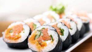 Apakah Boleh Mengkonsumsi Sushi Saat Hamil?