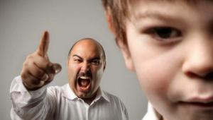 Bahaya Dan Dampak Buruk Orang Tua Membentak Anak