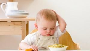 Bunda, Kenali Ciri Lapar Palsu Pada Bayi