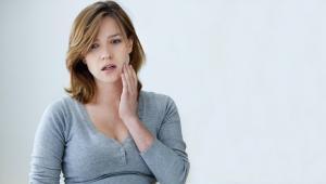Tips Merawat Gigi Tetap Sehat Untuk Ibu Hamil