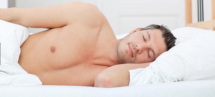 Pria Dianjurkan Melepaskan Celana Dalam Saat Tidur
