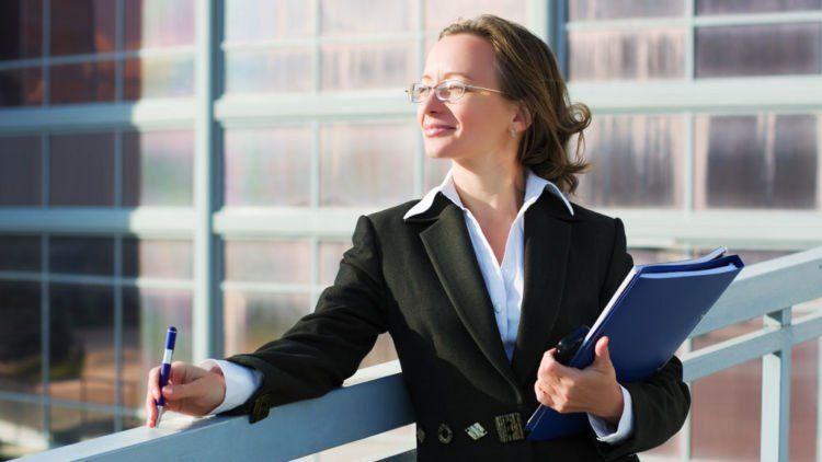Karyawan Wanita Punya Hak Untuk Cuti Dan Kelonggaran Saat Bekerja