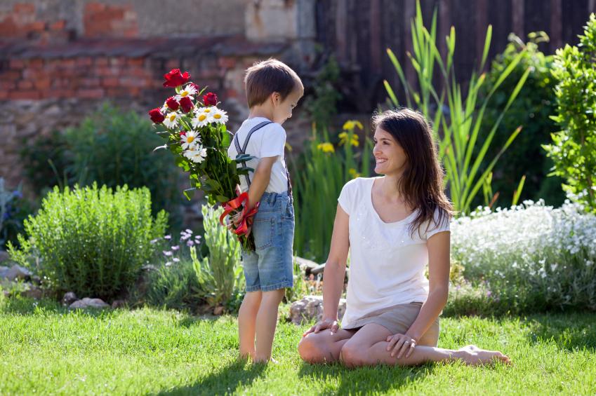 Buat Hati Ibu Bahagia Di Hari Ibu