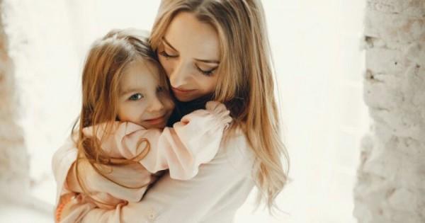 Tips Mengatasi Anak Yang Nempel Terus Dengan Bunda