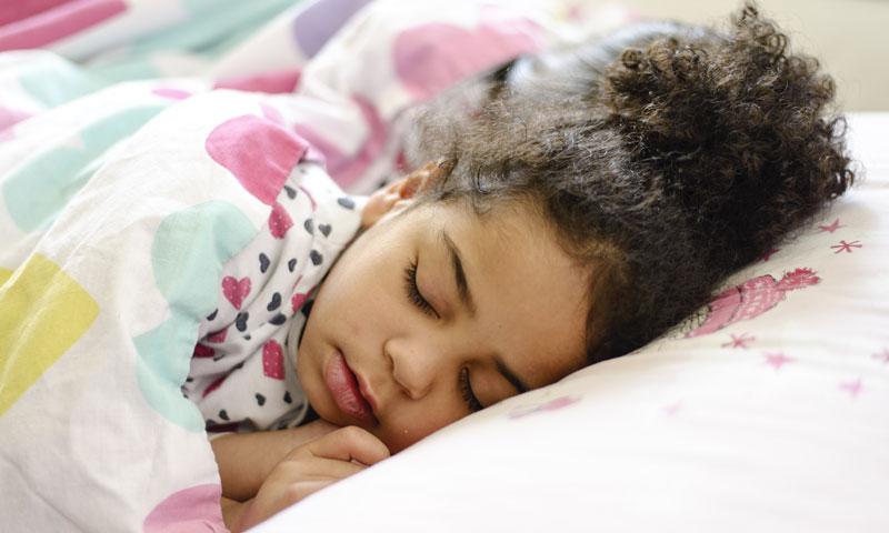 Manfaat Tidur Siang Bagi Si Kecil
